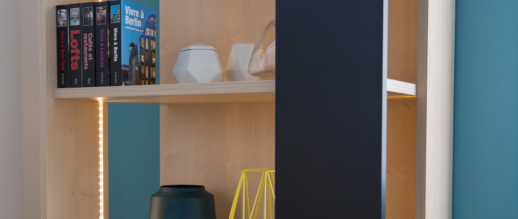 Bibliothèque design bois et noir avec éclairage DOMINI