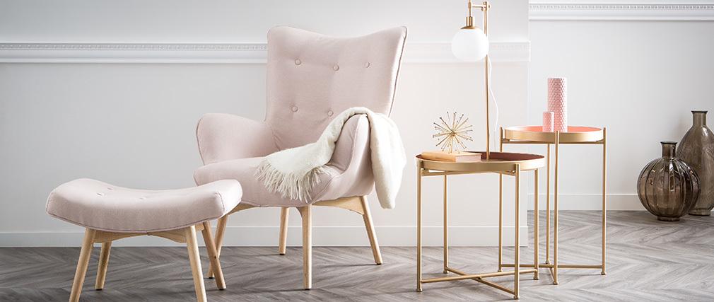 Fauteuil design scandinave et son repose pied rose poudré et bois clair BRISTOL